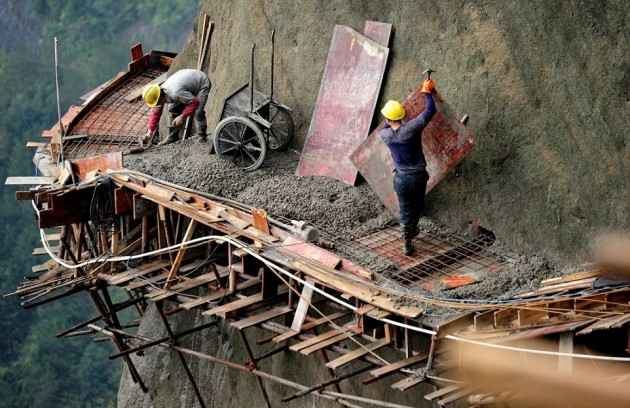 Chinese_builders_1