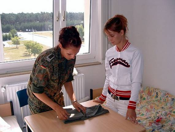 woman_in_the_military_Germany