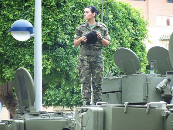 woman_in_the_military_Spain