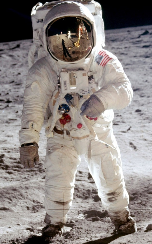 space_Apollo_17_1