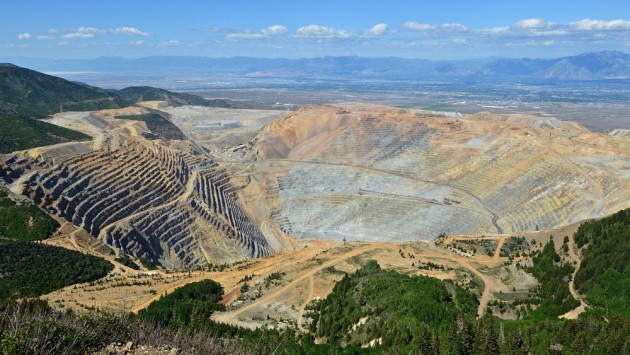Bingham_Canyon_Mine_1