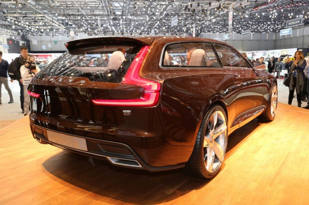 Volvo_Concept_Estate_2